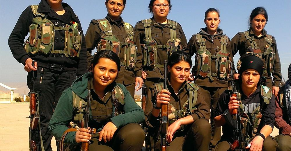 YPJ fighters. Photos:  Angula Berria (CC BY-SA 2.0)