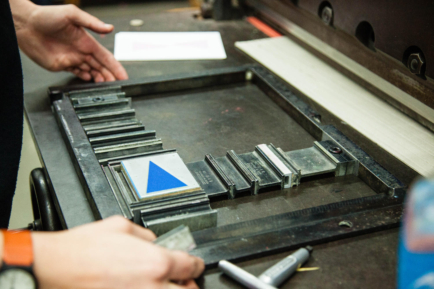 setting the printing block of a blue triangle